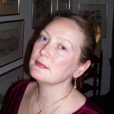 JohannaHeadshot (2)